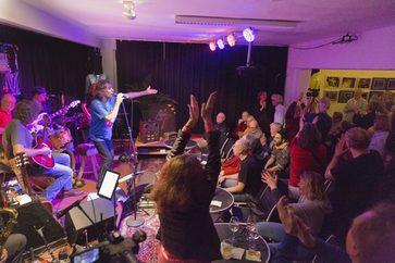 """Fr 21.08.2020, 19 Uhr – Die Rebell(i)sche Studiobühne präsentiert: Glitter Twins mit """"Let It Bleed"""""""